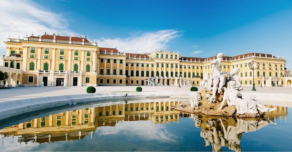 Schönbrunn Palace Vienna พระราชวังเชินบรุนน์ เวียนนา