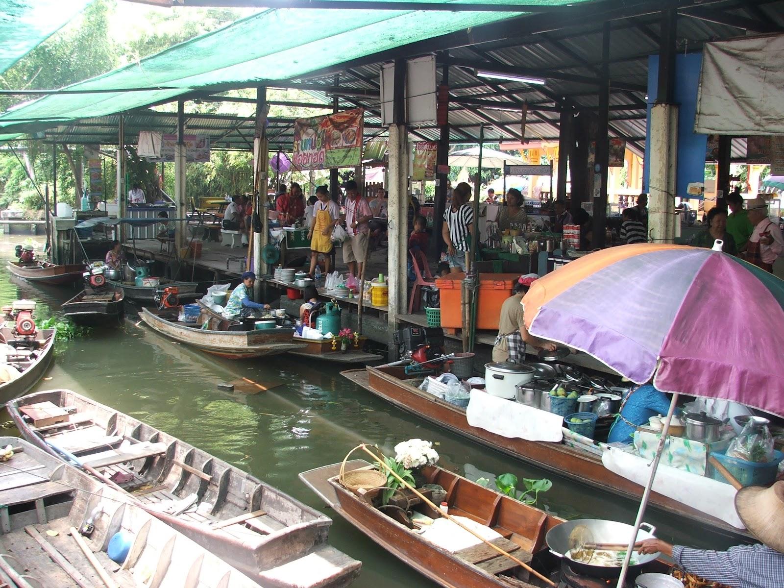 ตลาดน้ำ วัดบางสะพาน