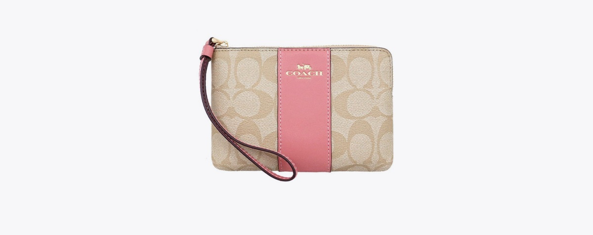 COACH F58035 CORNER ZIP WRISTLET IN SIGNATURE