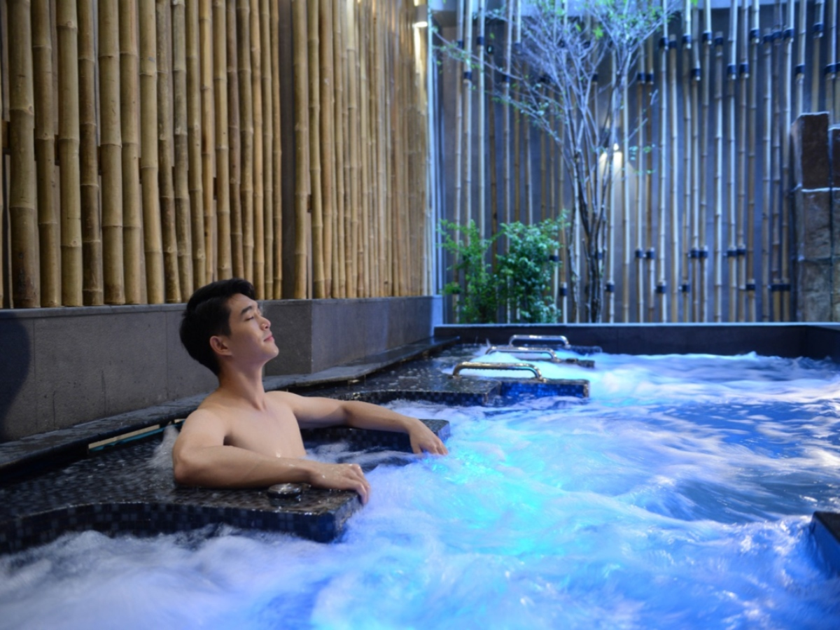 Let's Relax Onsen Thong Lor