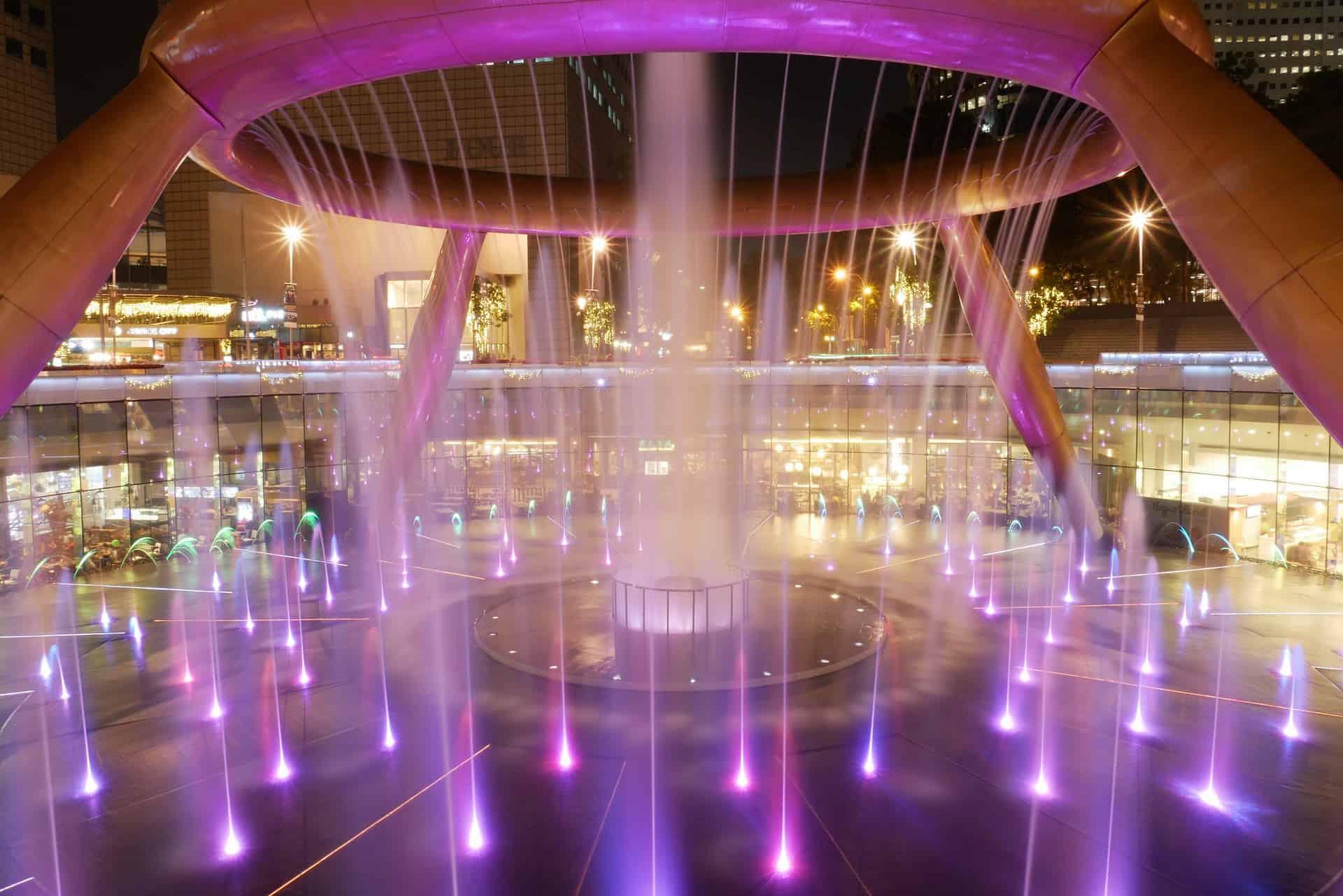 สิงคโปร์ น้ำพุแห่งความมั่งคั่ง