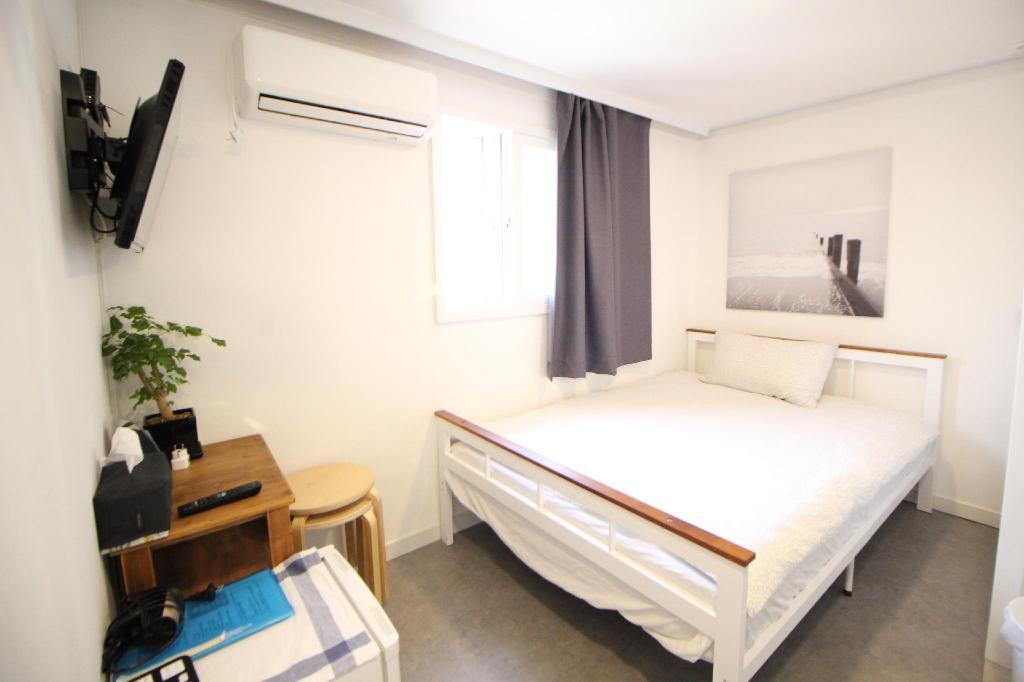 ที่พักฮงแด ราคาพิเศษ Seoul Mansion Guesthouse