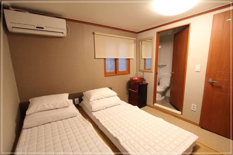 ที่พัก ฮงอิก 88 Hostel