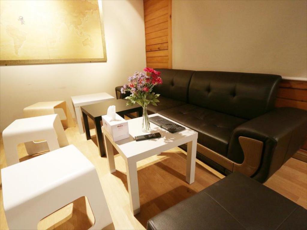 โรงแรม Maru Hostel Hongdae ใกล้ ฮงแด