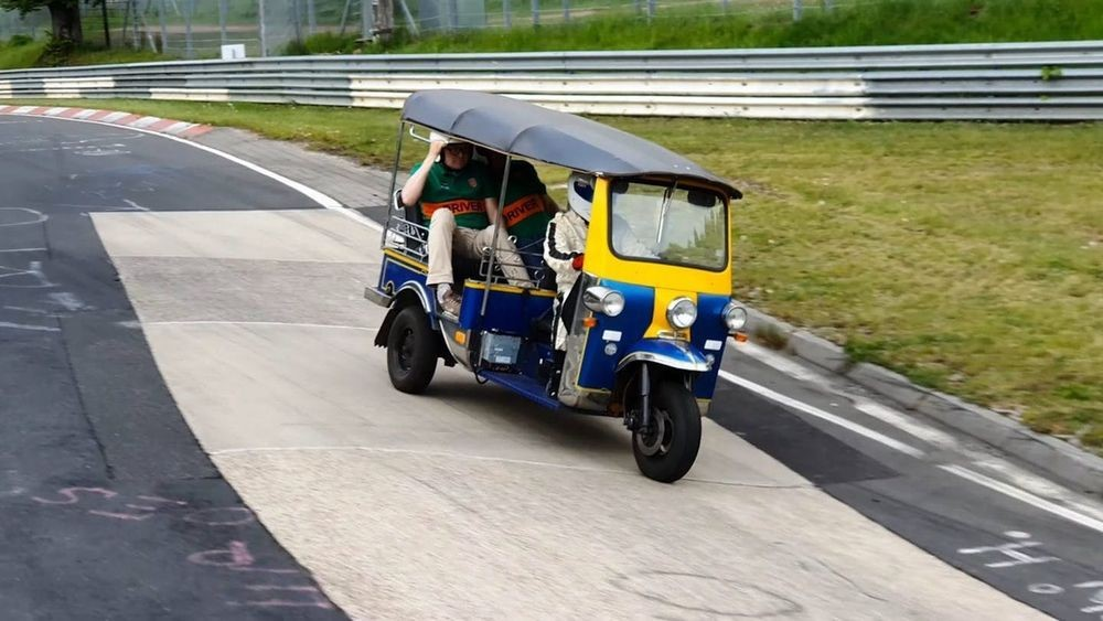 ตุ๊กตุ๊กไทยแลนด์ Nurburgring