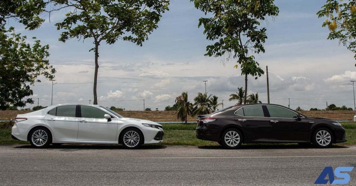 [PR NEWS] รีวิวเปรียบเทียบ Toyota All New Camry 2.5 G และ 2.5 HV Premium ความเหมือนที่แตกต่าง